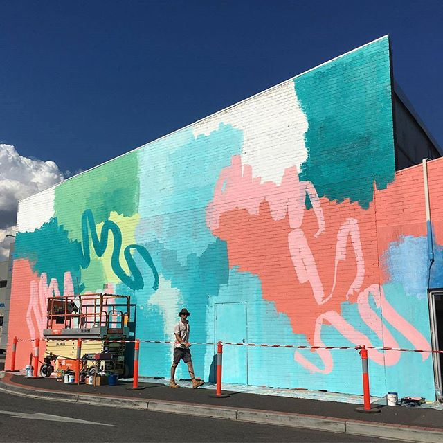 Repost @rowenamartinich first days painting done! Looks so good! Very lucky to be working with Rowena and @geoffreycarran. The massive mural is going to transform Niddrie. #mooneeart #niddire #mural #melbourneart #workinprogress #publicart #colours