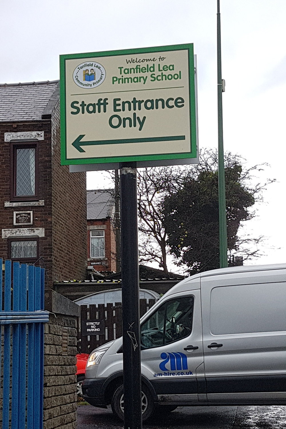 Tanfield Lea Primary Post Sign