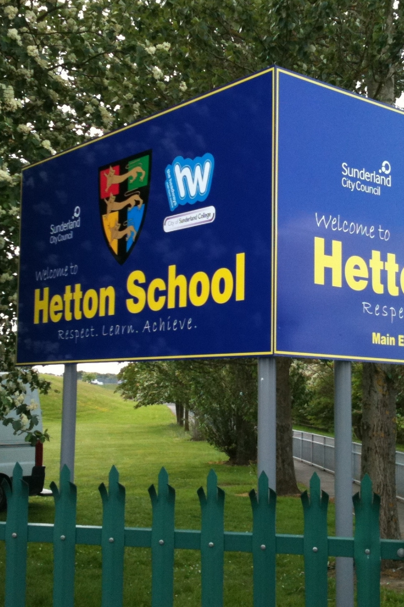 Hetton School Post Sign