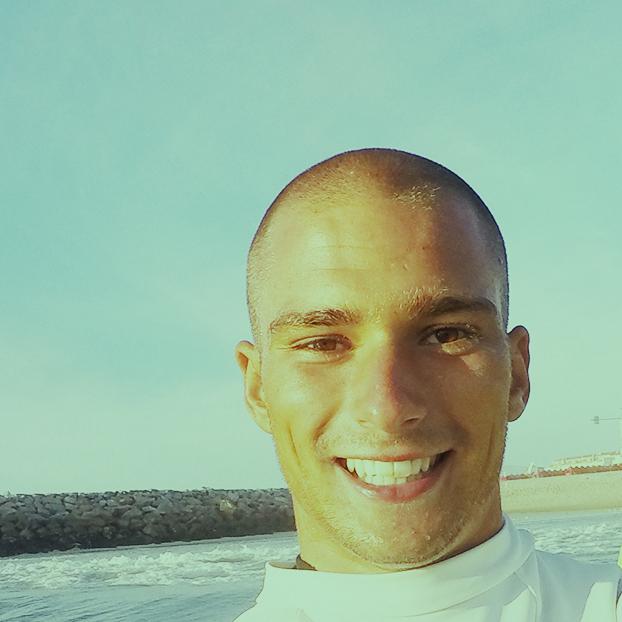 José Rocha - Professor / Graduado em Surf