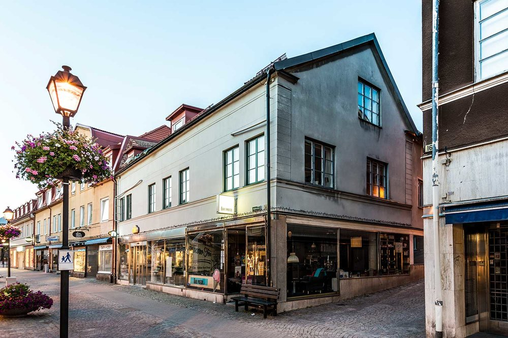 Storgatan 14 – Ulricehamn 9 Lgh/ 2 Lokaler/950 m2