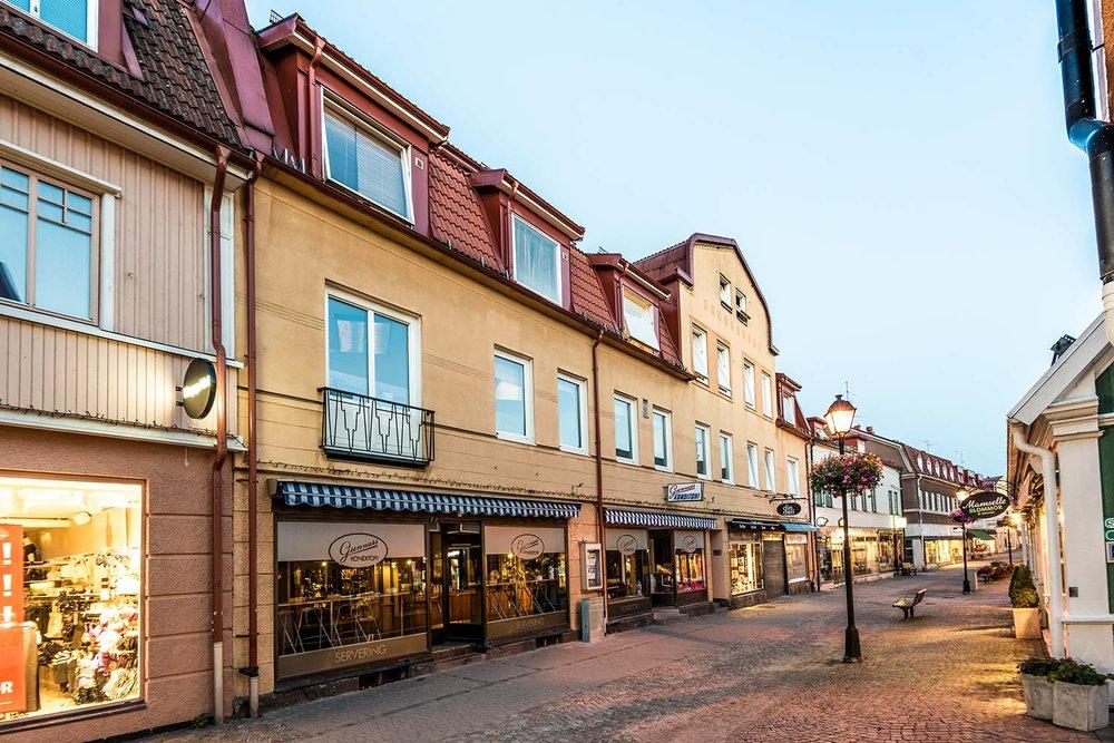 Storgatan 12 – Ulricehamn 4 Lgh/4 Lokaler/1 051 m2