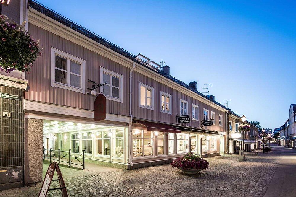Storgatan 17 – Ulricehamn 5 Lgh/4 Lokaler/1 526 m2