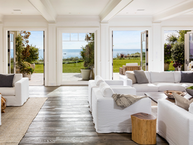 "Los Angeles Times  Television producer and ""Friends"" co-creator Marta Kauffman used to call this oceanfront spot in Malibu home when she owned a 4,400-square-foot house on the site."