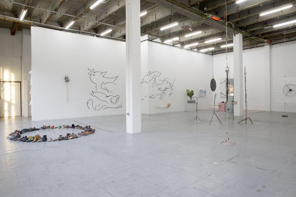 2_Quart d'heure américain - heiwata - Mains d'Oeuvres - Exhibition views.jpg