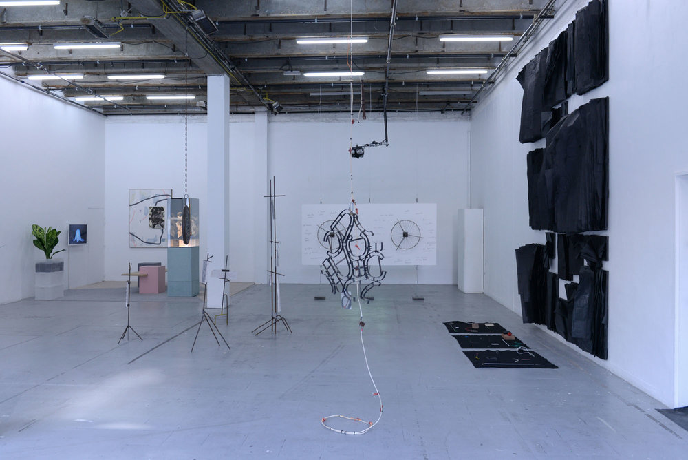 3_Quart d'heure américain - heiwata - Mains d'Oeuvres - Exhibition views.jpg