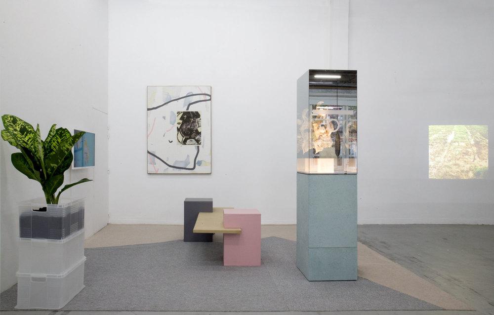 17_Quart d'heure américain - heiwata - Mains d'Oeuvres - Exhibition views.jpg