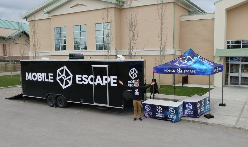 Escape room at youth event.jpg
