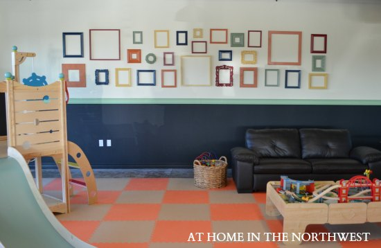 PIPERS PLAYGROUND FRAME WALL