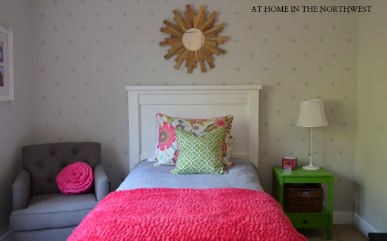 GIRLS ROOM REVEAL ONE ROOM CHALLENGE  AT HOME IN THE NORTHWEST