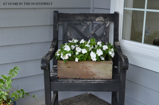 rustic chair and impatiens