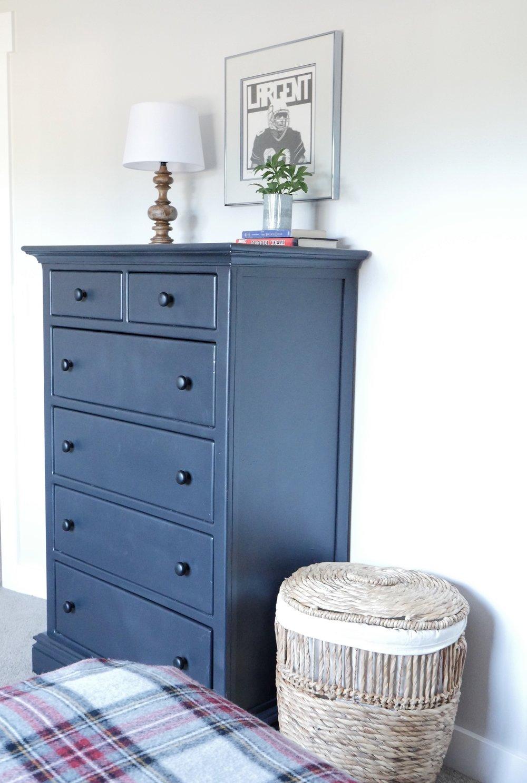 Jen Gilday Interiors - Teen Boys Room After Dresser