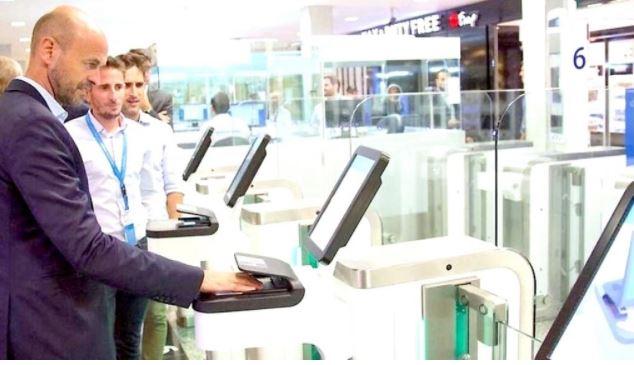 Read full article:http://en.travel2latam.com/nota/49187-argentina-argentina-installs-a-biometric-door-system-for-migrations-at-ezeiza-airport.html