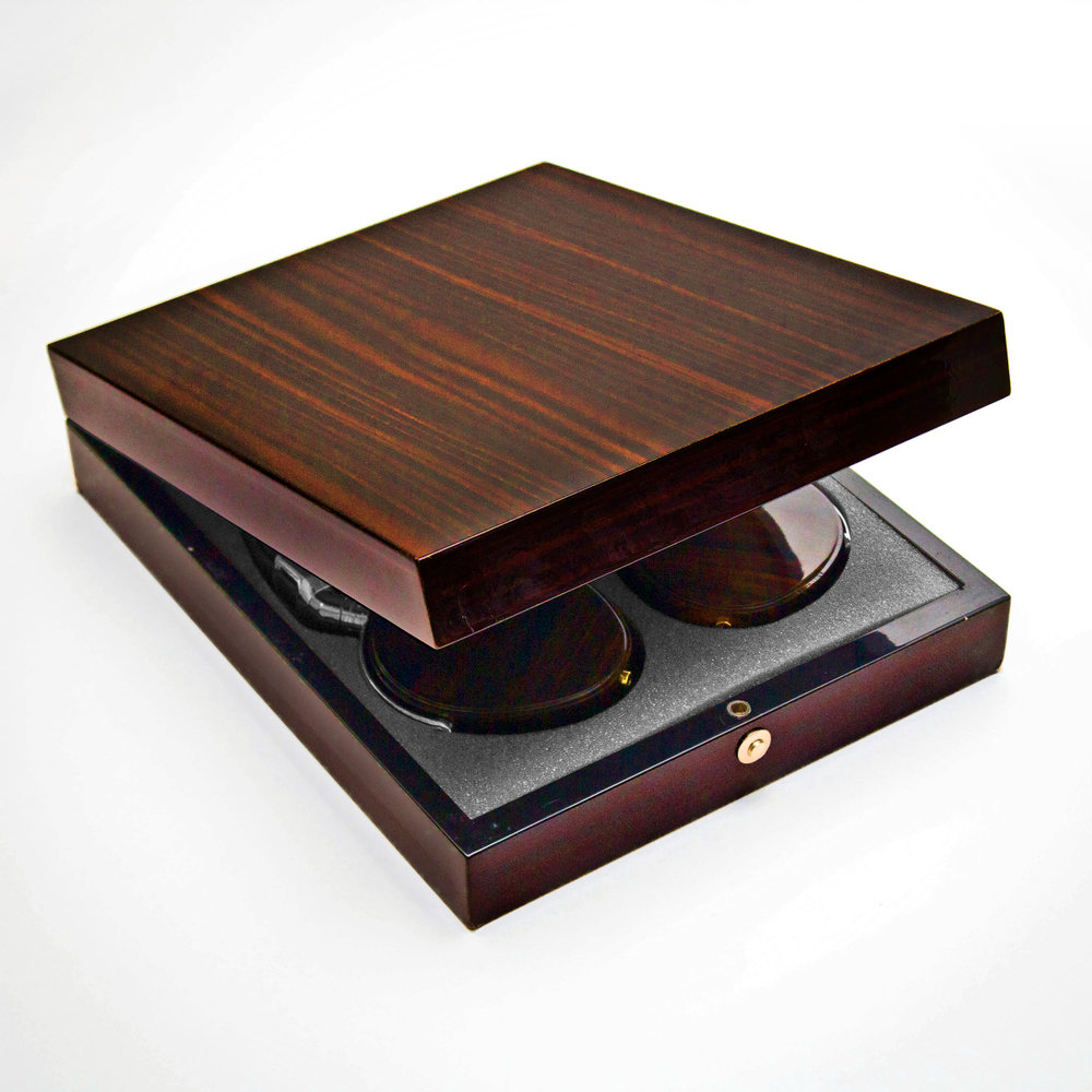 FR-18M_Wood_Headphones_Box_Mahogany.jpg