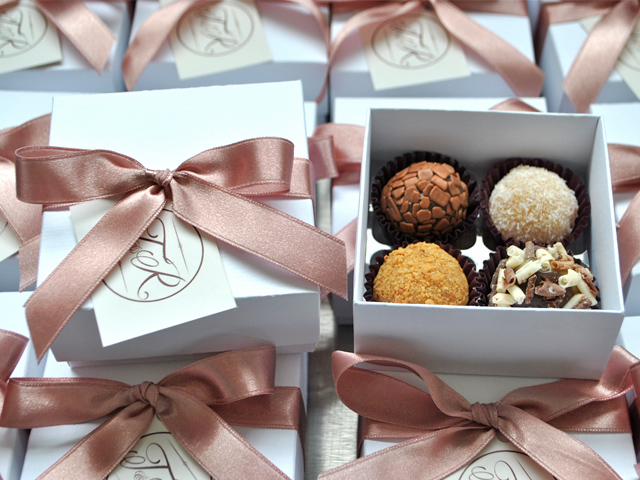 Wedding Brigadeiro Favor Box