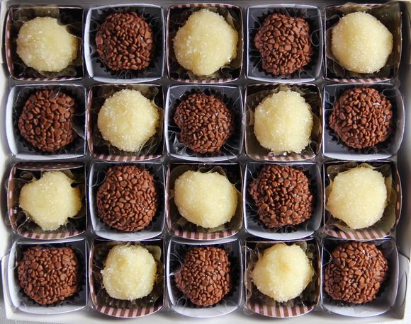 caixa-presente-20-brigadeiros-gourmet-chocolate-ao-leite.jpg