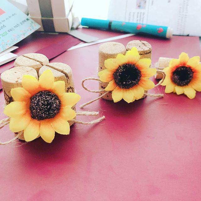 Coming soon #fall  #fallwedding #events #cork #falldecor #weddingday #etsy #etsyshop #etsyseller #wedding #daisy #gerbera #sunflower #placecards #placecard #rusticwedding #indiewedding #rusticdecor