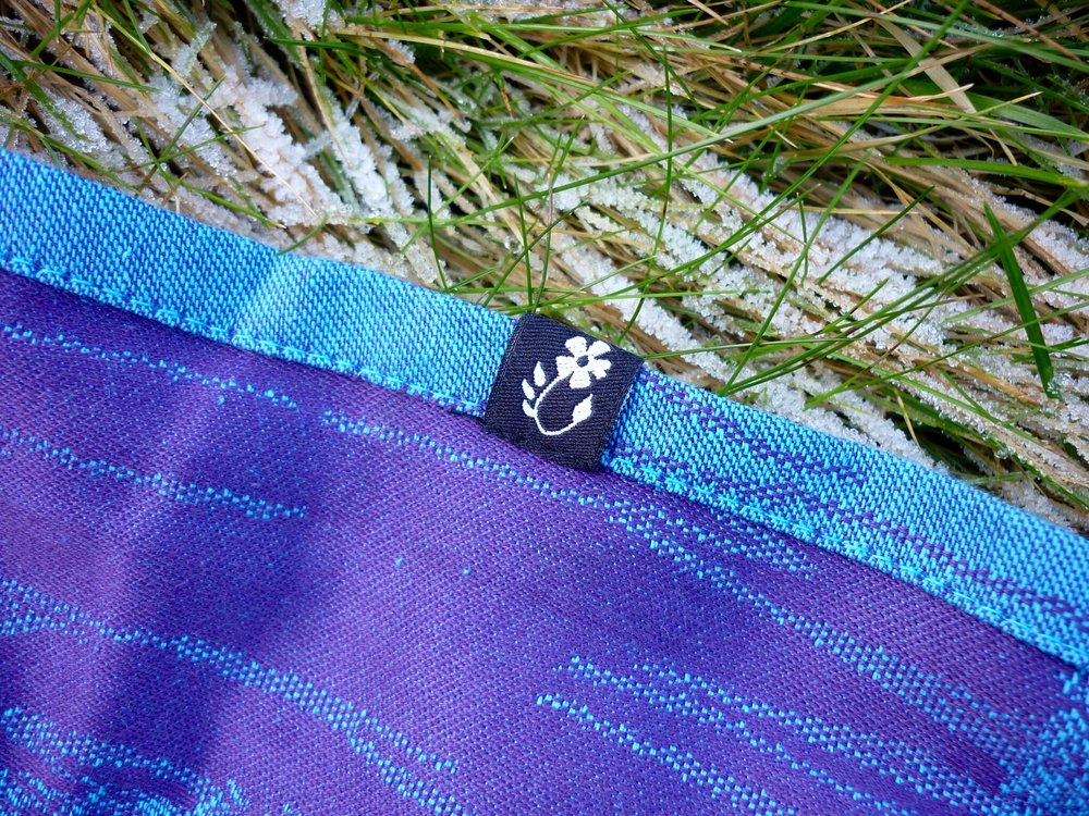 Close up of Shire Slings Hornbeam Wintersky & Elderberry
