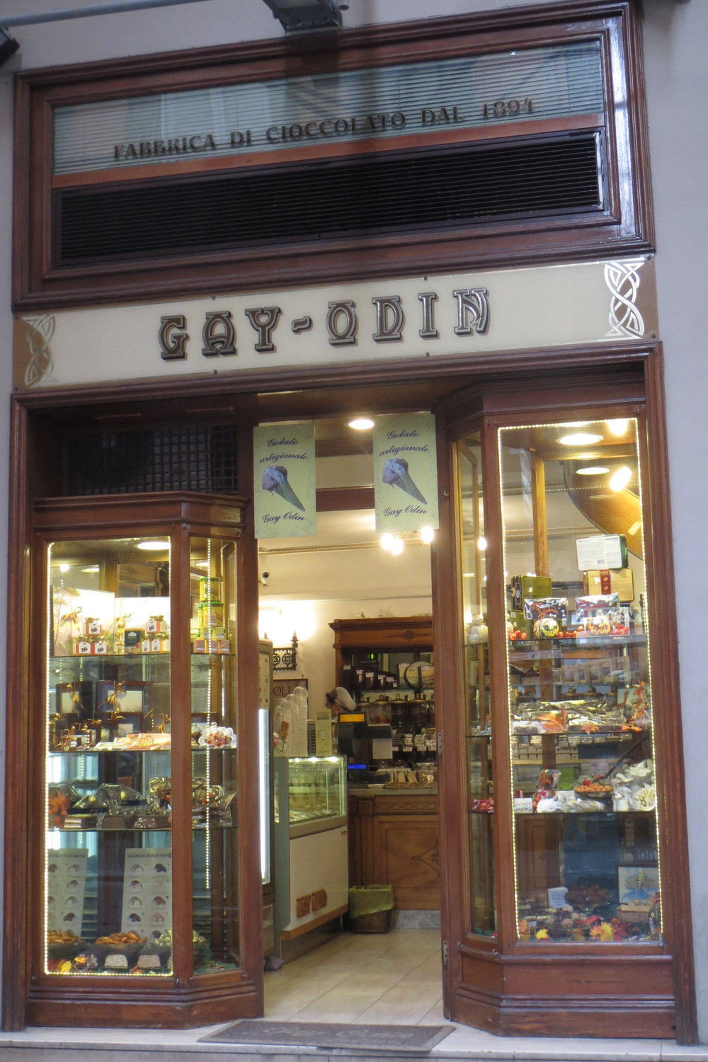 The chocolate shop Gay Odin.
