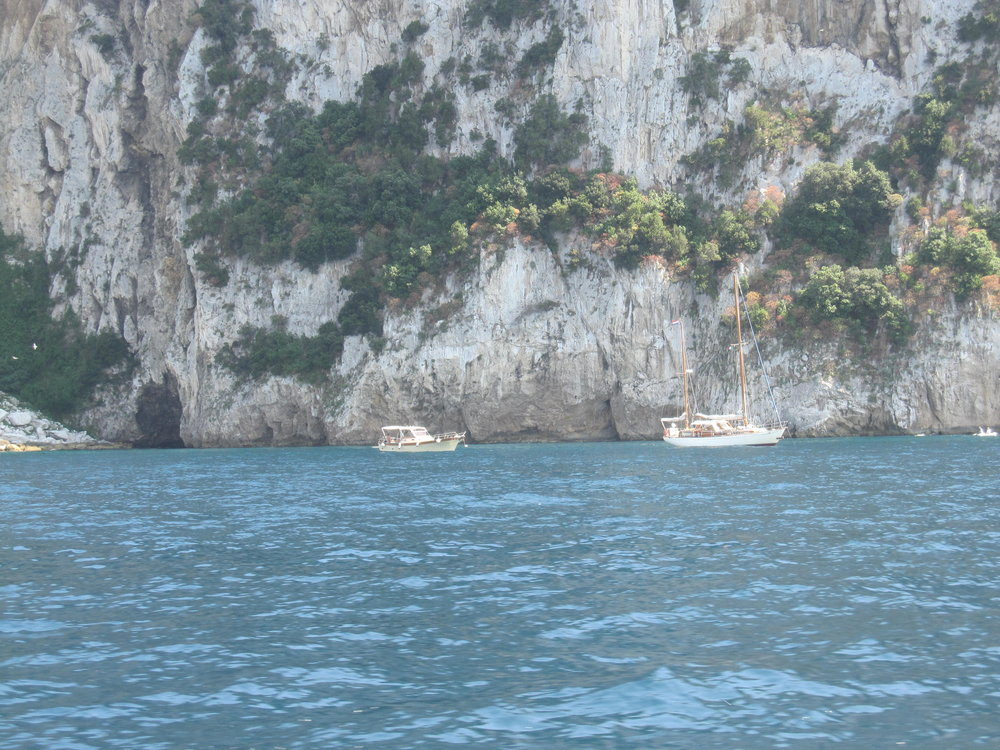 Boats or mini cruises are a great way to see Capri from another stunning perspective.
