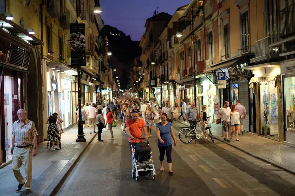 Evening walk in Corso italia.