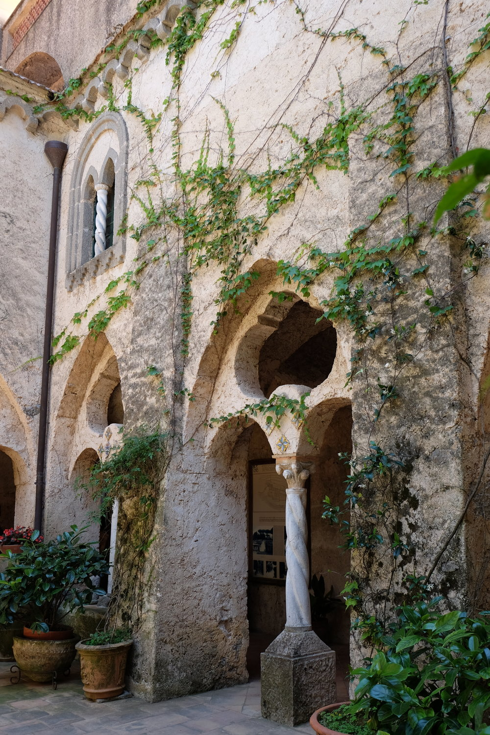 The romantic cloister.