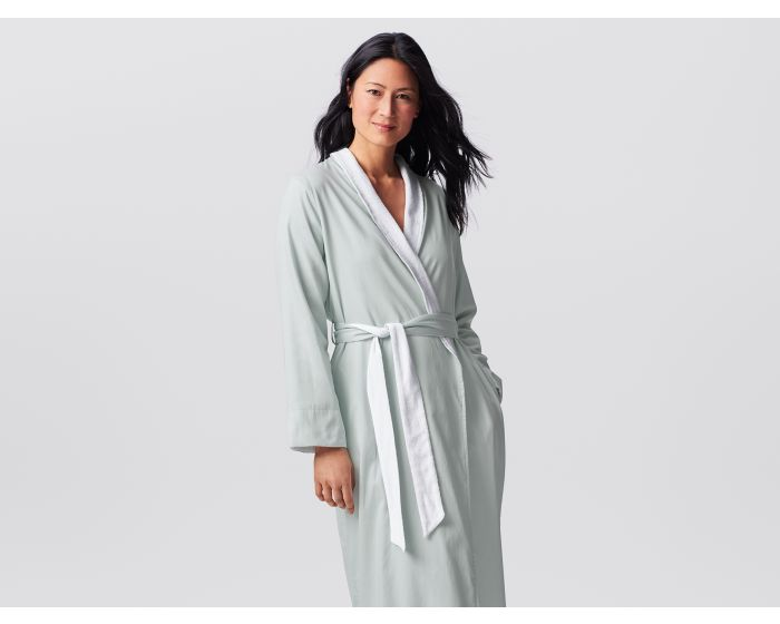 wedding-shower-gift-idea-sateen-terry-robe
