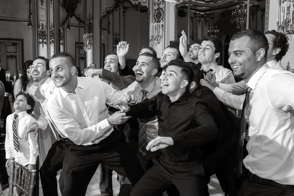 Top Garter Toss Songs For Wedding