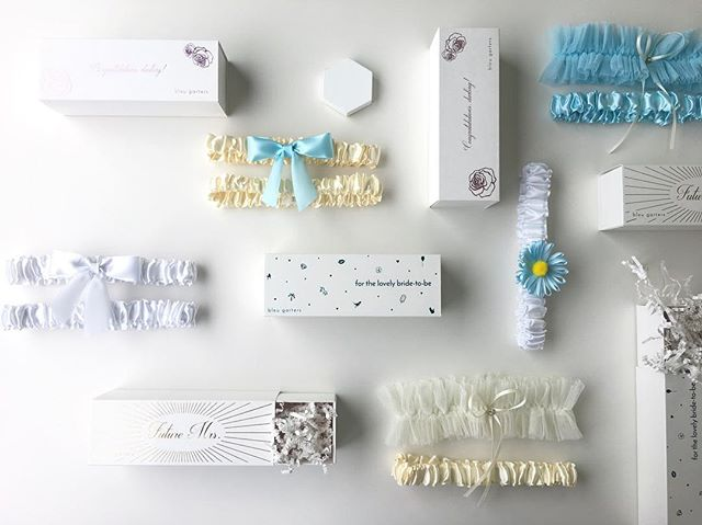 I love the mix and match aspect of our products. It gives the Gifter control to really personalize the Bride's garter, and play into her style. ✨