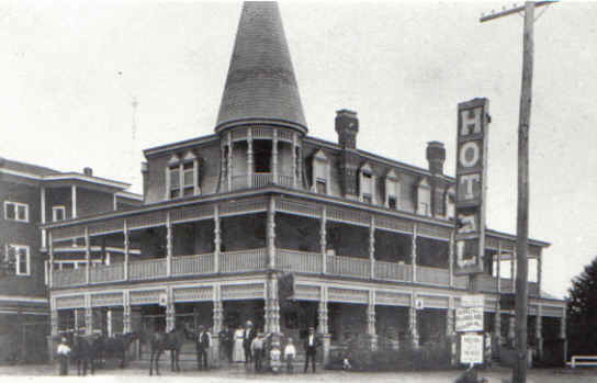 rockledge_hotel_built_in_1895.jpg