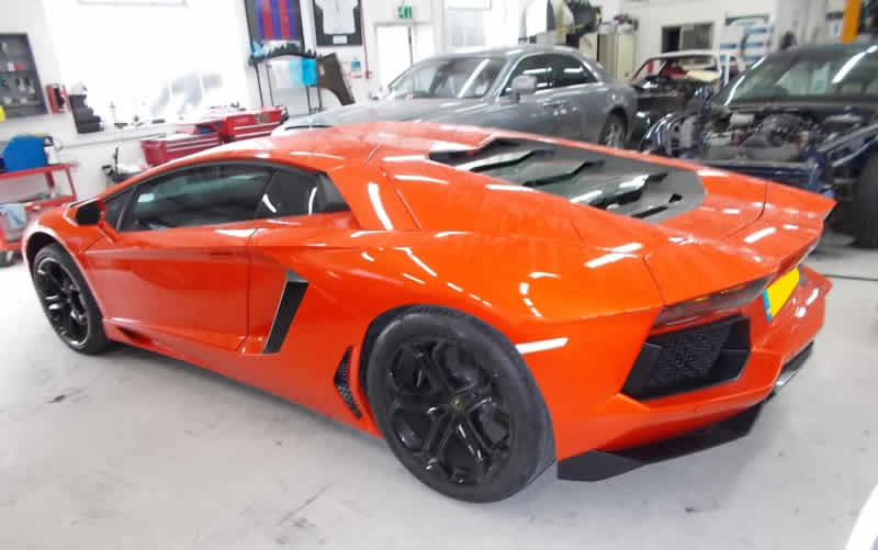 lamborghini bodyshop in london