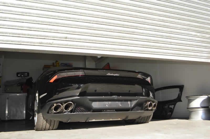 huracan bumper repair
