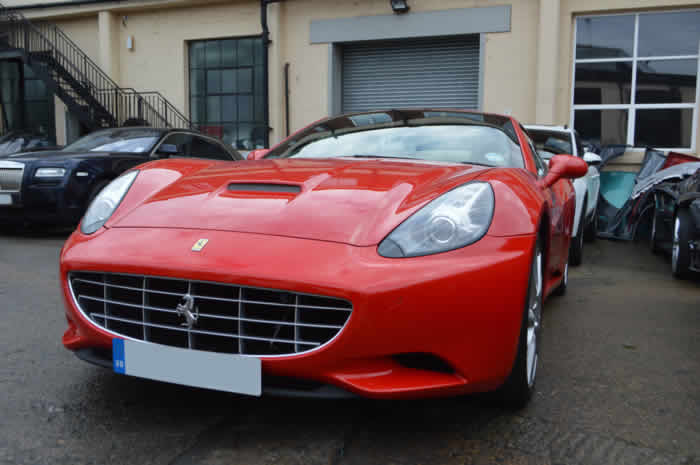 ferrari california scratch repair in london