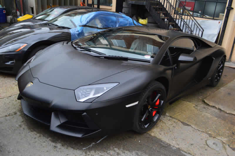 aventador scratch repair in london