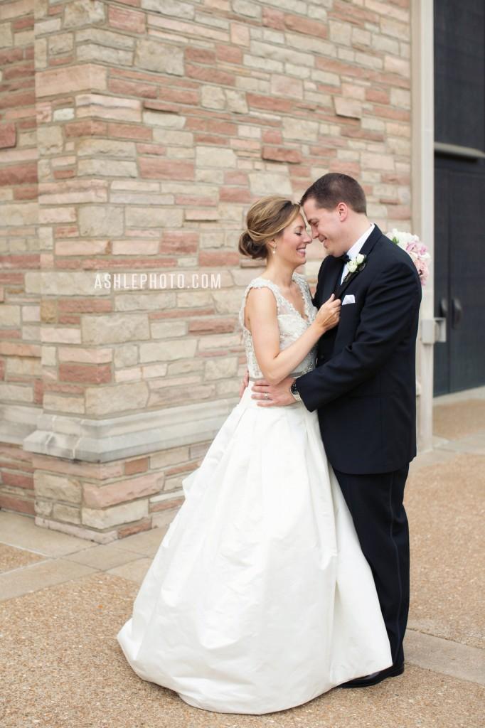 Ritz-Carlton-St-Louis-Club-Wedding-Jason-and-Lauren_0004-682x1024.jpg