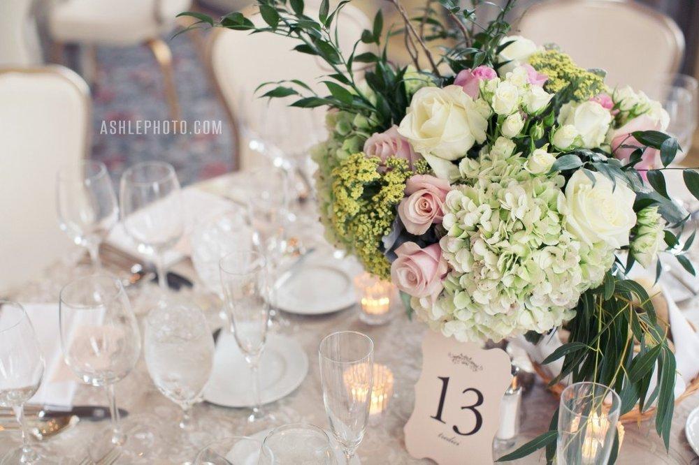 Ritz-Carlton-St-Louis-Club-Wedding-Jason-and-Lauren_0036-1024x682.jpg