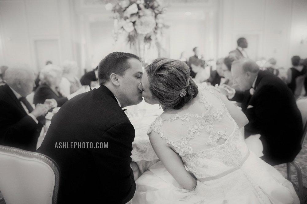 Ritz-Carlton-St-Louis-Club-Wedding-Jason-and-Lauren_0031-1024x682.jpg