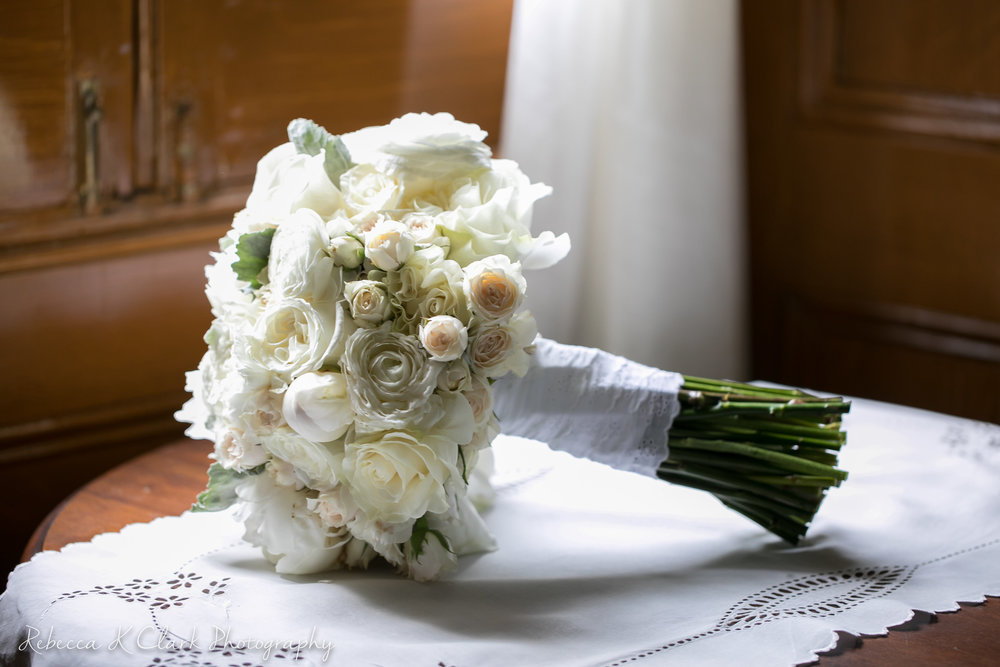 jessica_and_tommy_wedding_images_for_florist_rebeccakclark_photography-3.jpg