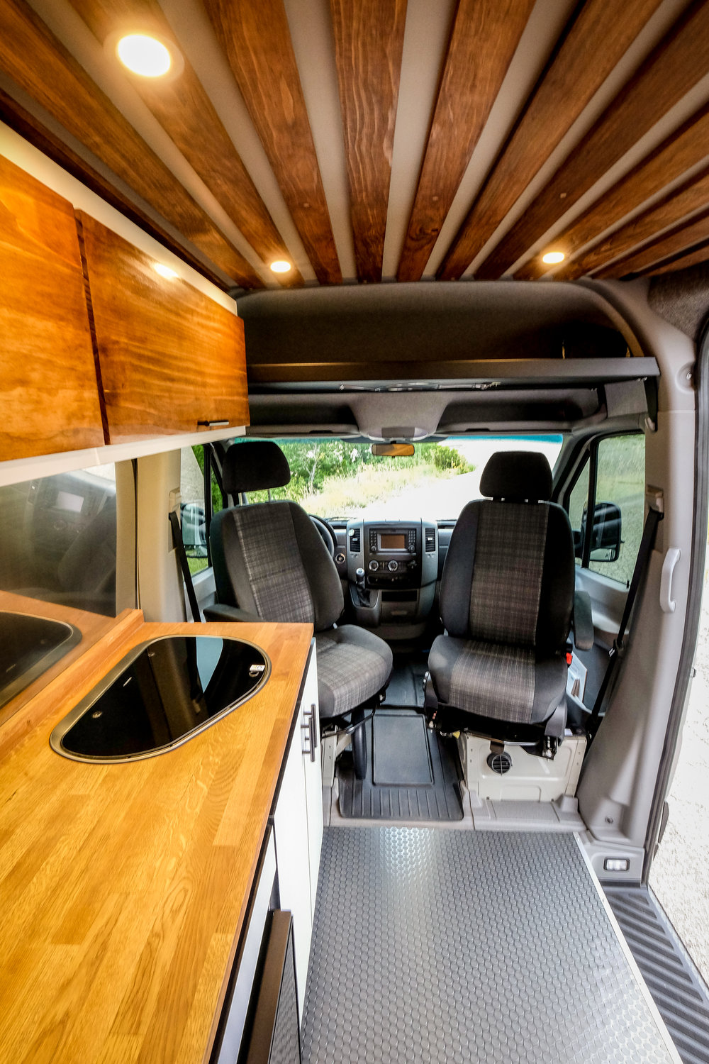 "Vanlife Customs: 144"" Mercedes Sprinter 4x4 Camper Van Swivel Seats"