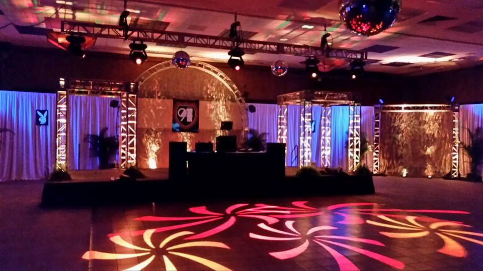 Custom truss with moving head lights