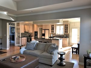 Open Concept Layout in Northville