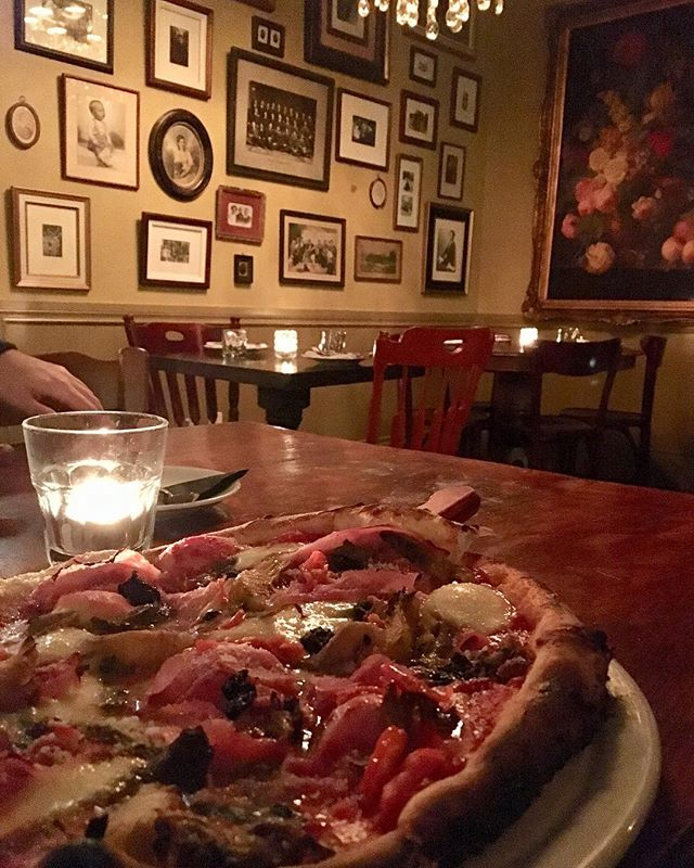 Wednesday's = $10 Wood. Oven. Pizzas. 😱