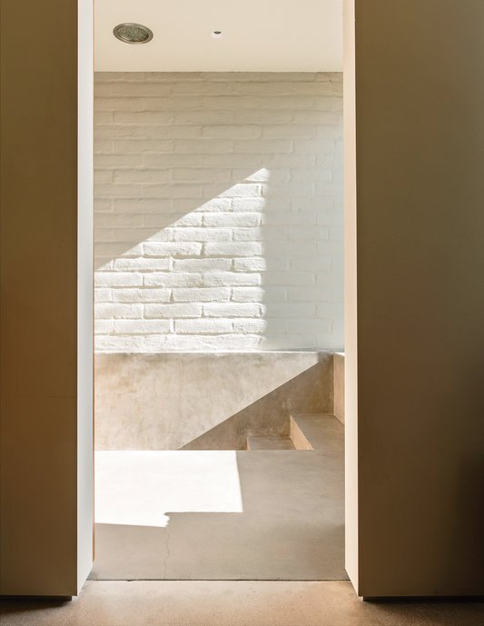 bonabode-pask-stairs.jpg