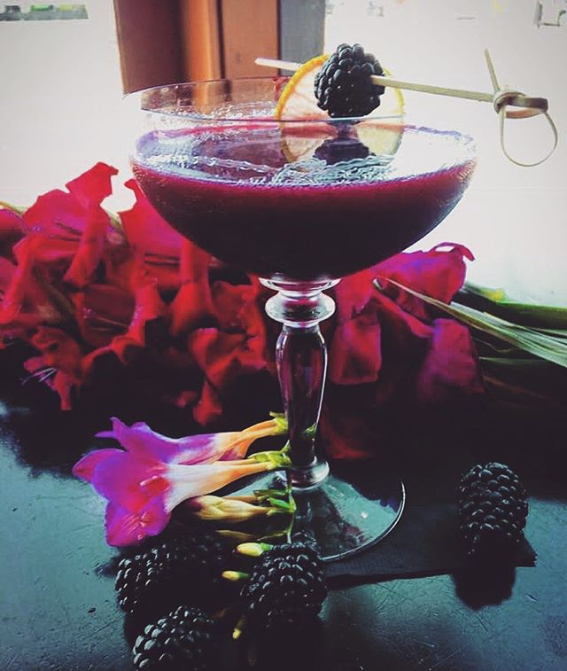 Blackberry Margaritas: all week, all the time, on the patio, at the bar.  #margarita #margaritatime #tequila #tequilalovers #tequilalove #blackberrys #craftcocktail #craftcocktails #mixology #mixologist #mixologyart #cocktailbar #cocktailart #cocktailtime #cocktaillove #spirits #drinkoftheweek #downtownduncan #cowichanvalley #duncancitysquare #cowichancocktails #bartenderlife #bartenderlove #pinkdrink #berrydrink #betterwithtequila #drinkspecials #summerdrinks #patiogoals
