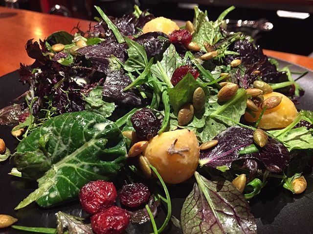 Organic Greens Roasted Squash, Pumpkin Seeds, Cranberries, Buttermilk Vinaigrette.  #organicgreens #eatfresh #eatlocal #eatbetter #locavore #pumpkinseeds #cranberries #buttermilkvinaigrette #freshsalad #organicsalad #roastedsquash #autumnsalad #cowichanvalley #cowichanfoodies #downtownduncan #duncancitysquare #deliciousnessdelivered #islandchefs #gastropost #gastroart #housemade #saladlovers #saladlove