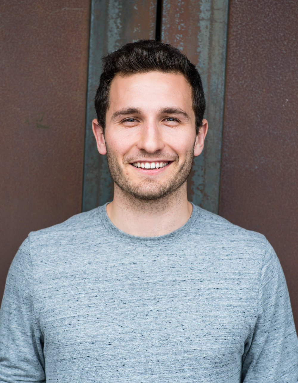 Matt (24) French & American Cofounder & Producer @mattdajer