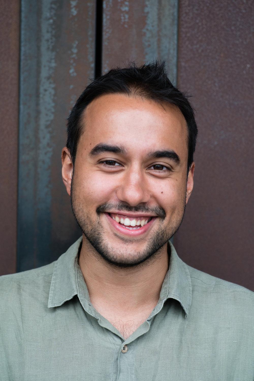 Derin (24) Turkish Cofounder &Cameraman @bobbyderin