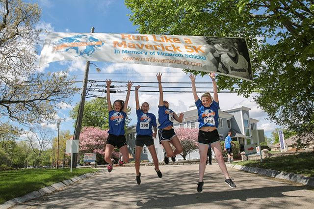 GUESS WHAT!? We've got something special for you - the first 10 registrations today (April 1) will receive a $5 Amazon gift card! Better act quickly!  maverick5k.com/registration