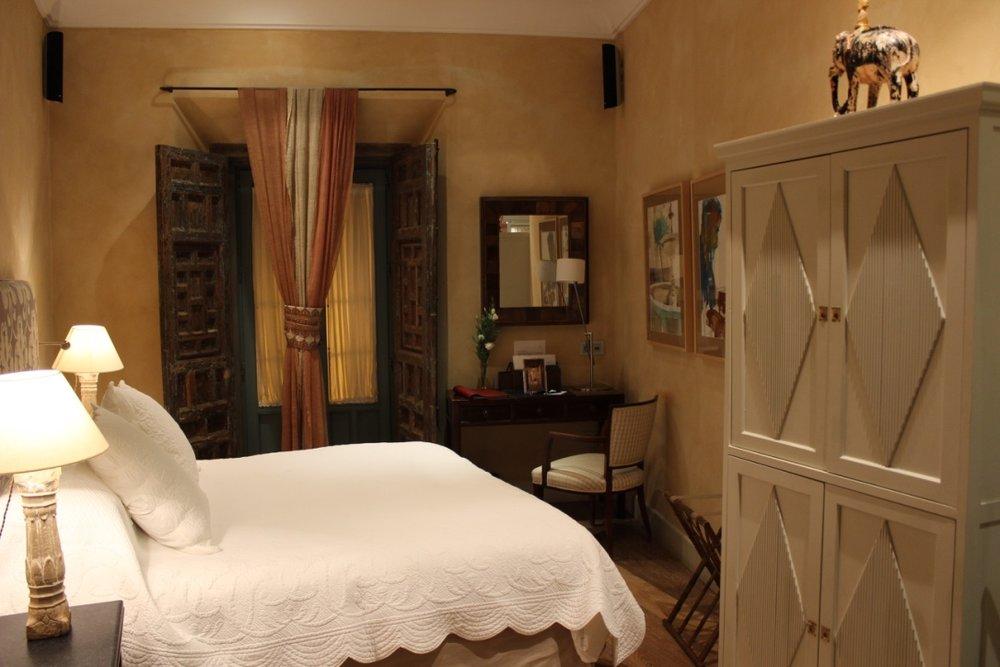 curio.trips.seville.hotel.1.jpg