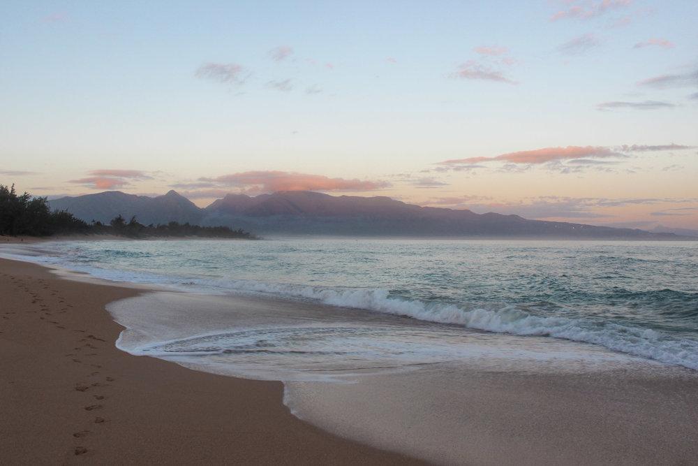 curio.trips.hawaii.maui.sunset.1.jpg